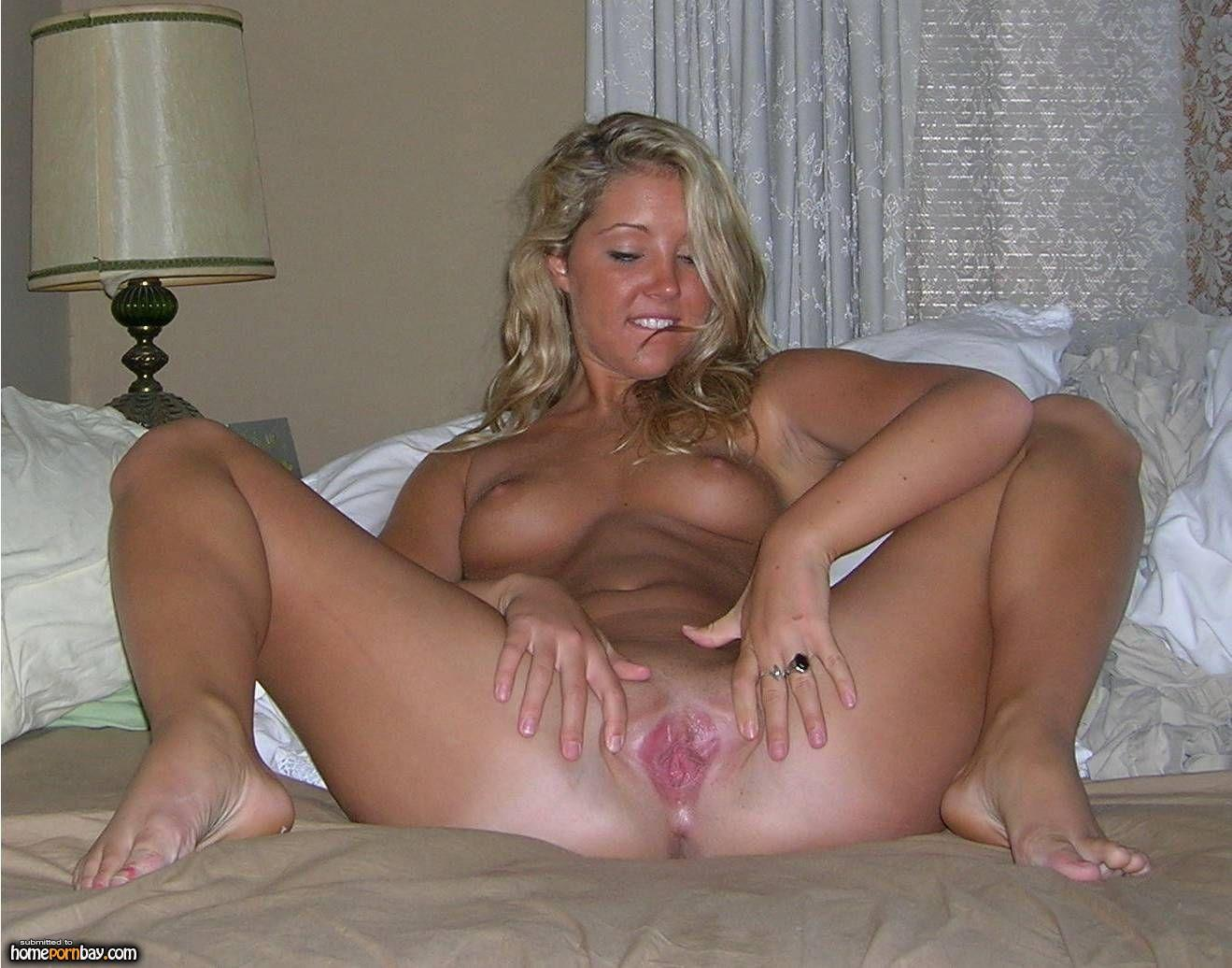 spread eagle nude females jpg 1200x900